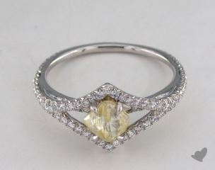 "Platinum 1.05ct diamond ""Victorian ring"" featuring 0.39ctw in MicroPave diamonds"